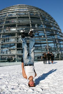 Berlin Reichstag Headstand