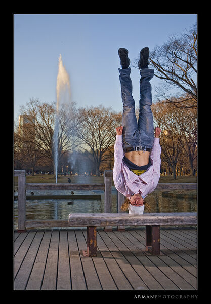 headstand-chris-1000