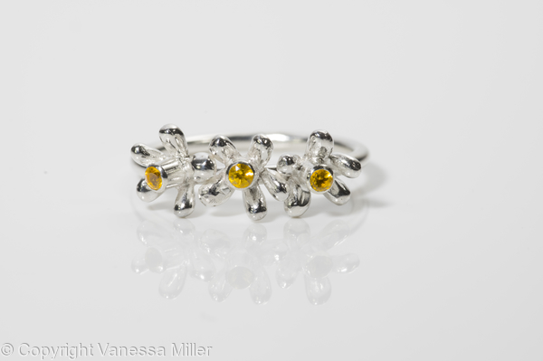 Daisy ring with Citrine