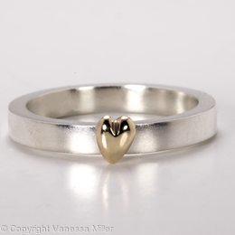 Commission: Heart of Gold Ring