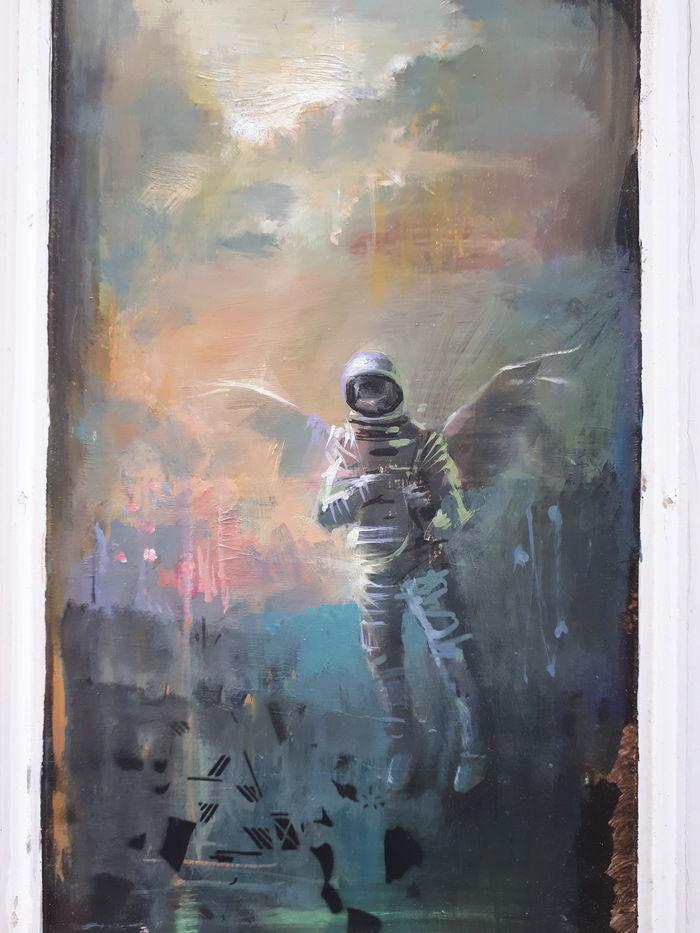 Close up , Door to space