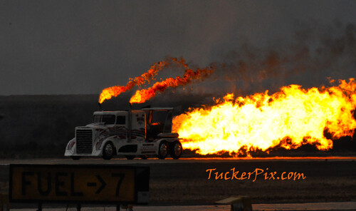 gimme fuel gimme fire...