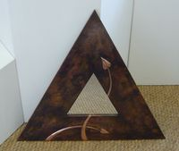 Tiangular copper mirror ( AB 1 )