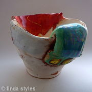 Jug with red 2009