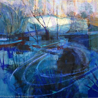 Weir, blue