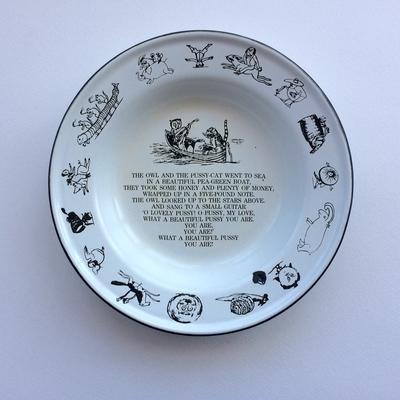 The Owl and the Pussycat enamel plate