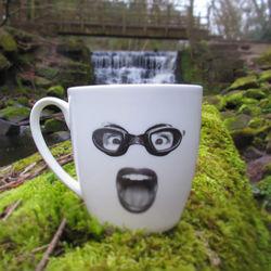 Audrey Heartburn (L Mug)