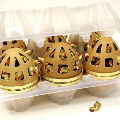 6 Caged Eggs
