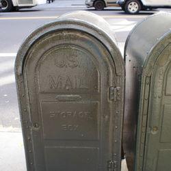 Melting money NYC 1 (context image)