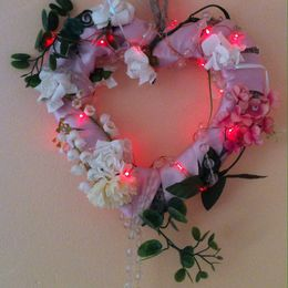 Shabby Chic Heart (with lights)