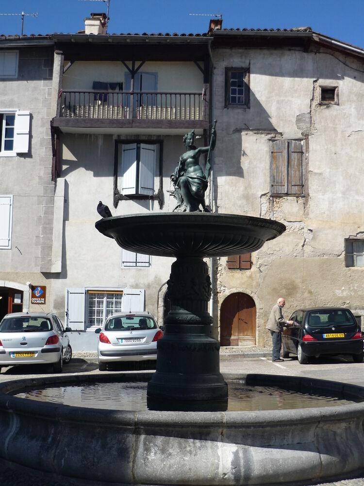 St Lizier, Fountain