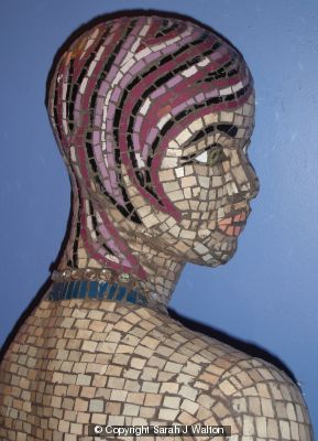 Mosaic manequin detail.