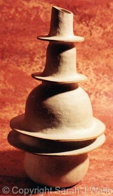 Balancing sculptural vessel