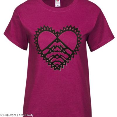 Love Mountains T shirt