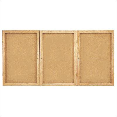pw33672k-36hx72w-three-door-oak-frame-enclosed-bulletin-board
