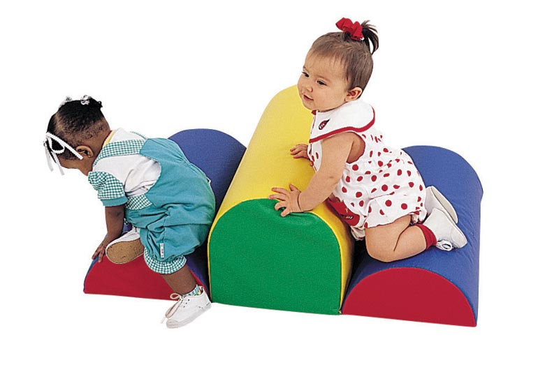 cf321047-primary-colors-crawley-bumps-climbing-pieces