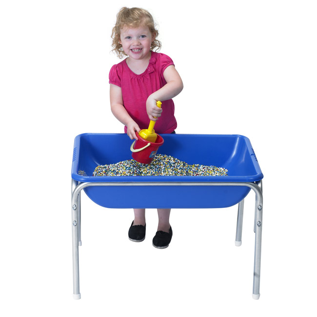 1130-small-sensory-table