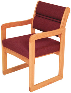 dw11-sled-base-guest-chair-with-arms-standard-vinyl
