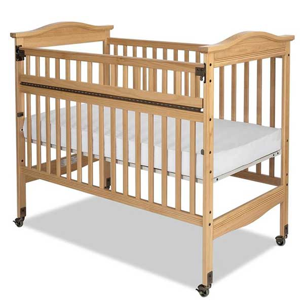 All Kingswood Safeaccess Compact Professional Crib By
