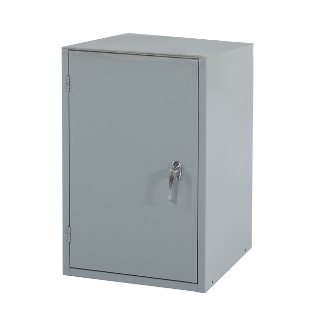 Shain single door locker w adjustable shelf 18 w x 31 for 18 door locker