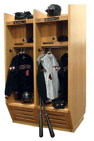 recruiter-wood-sports-locker