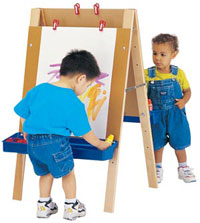 toddler-easel-by-jonticraft