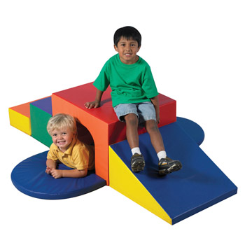 cf321049-soft-play-form-tunnel-climber