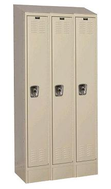 readybuilt2-single-tier-3-wide-lockers-w-slope-top---locks-by-hallowell