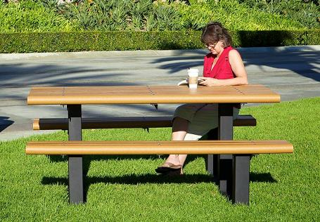 348h-8-recycled-multi-pedestal-picnic-table