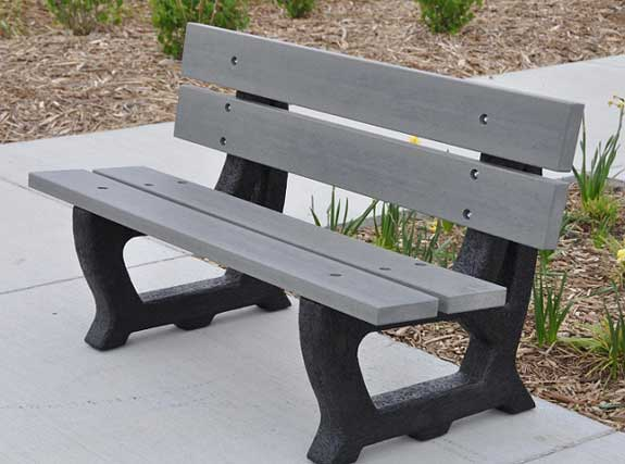 petrie-outdoor-benches-by-jayhawk-plastics