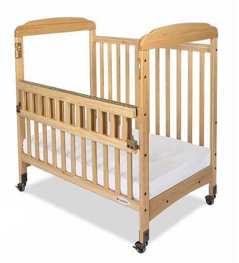 1742047-safereach-side-gate-crib-clearview-both-ends-natural