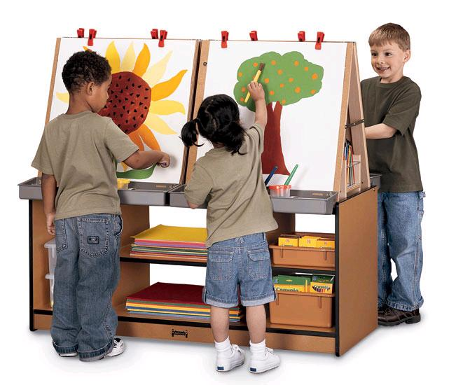 Example of Children's Preschool Art Easel