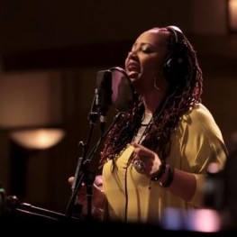 Snarky Puppy (with Lalah Hathaway)