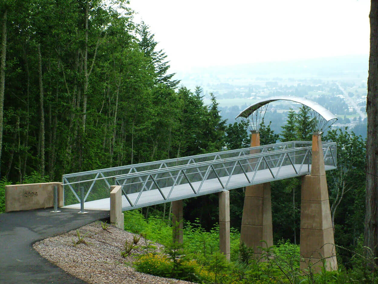 Little Mountain Lookout, Mount Vernon, WA<br>Roger Hill, Landscape Architect