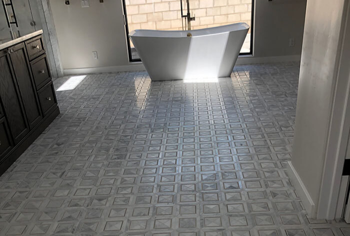 Clean Tile & Grout