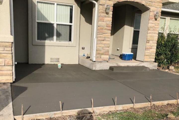 Concrete Driveways, Sidewalks & Patios