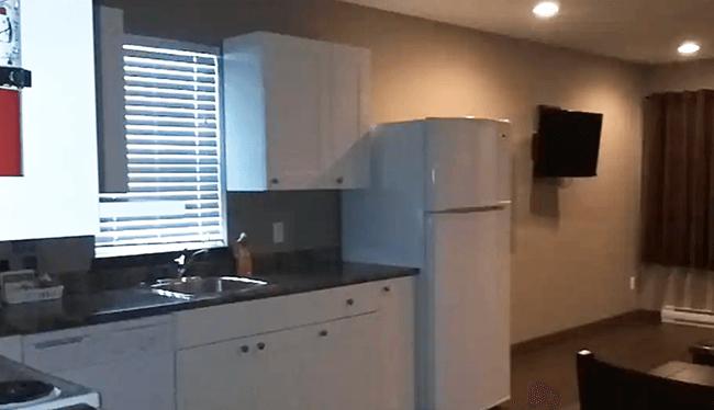 House, 2 Bedrooms - In-Room Kitchen