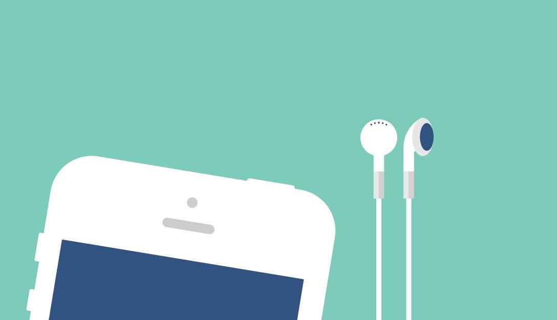 Smartphone com fones