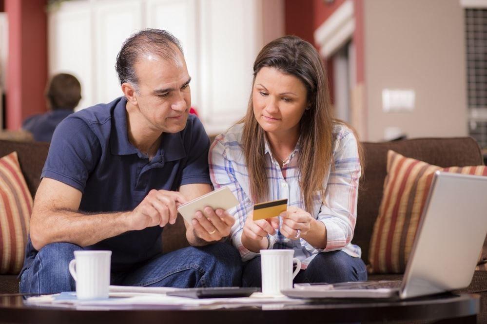 pros-contras-tarjetas-lineas-credito