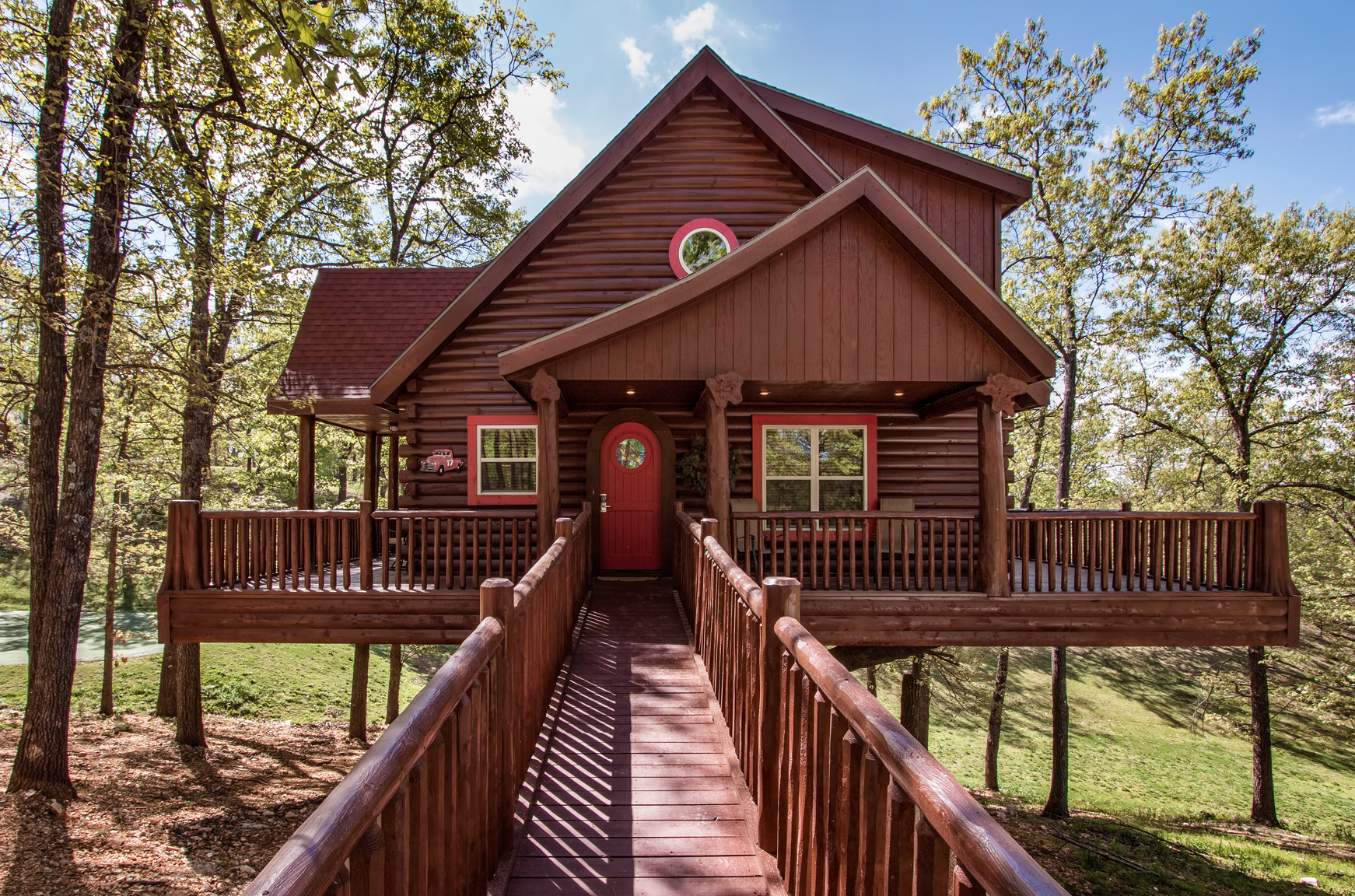 deer lodge lake treehouse painted is cabin pinterest bath pin near a broken bedroom cabins bow lakes oklahoma wilderness and the
