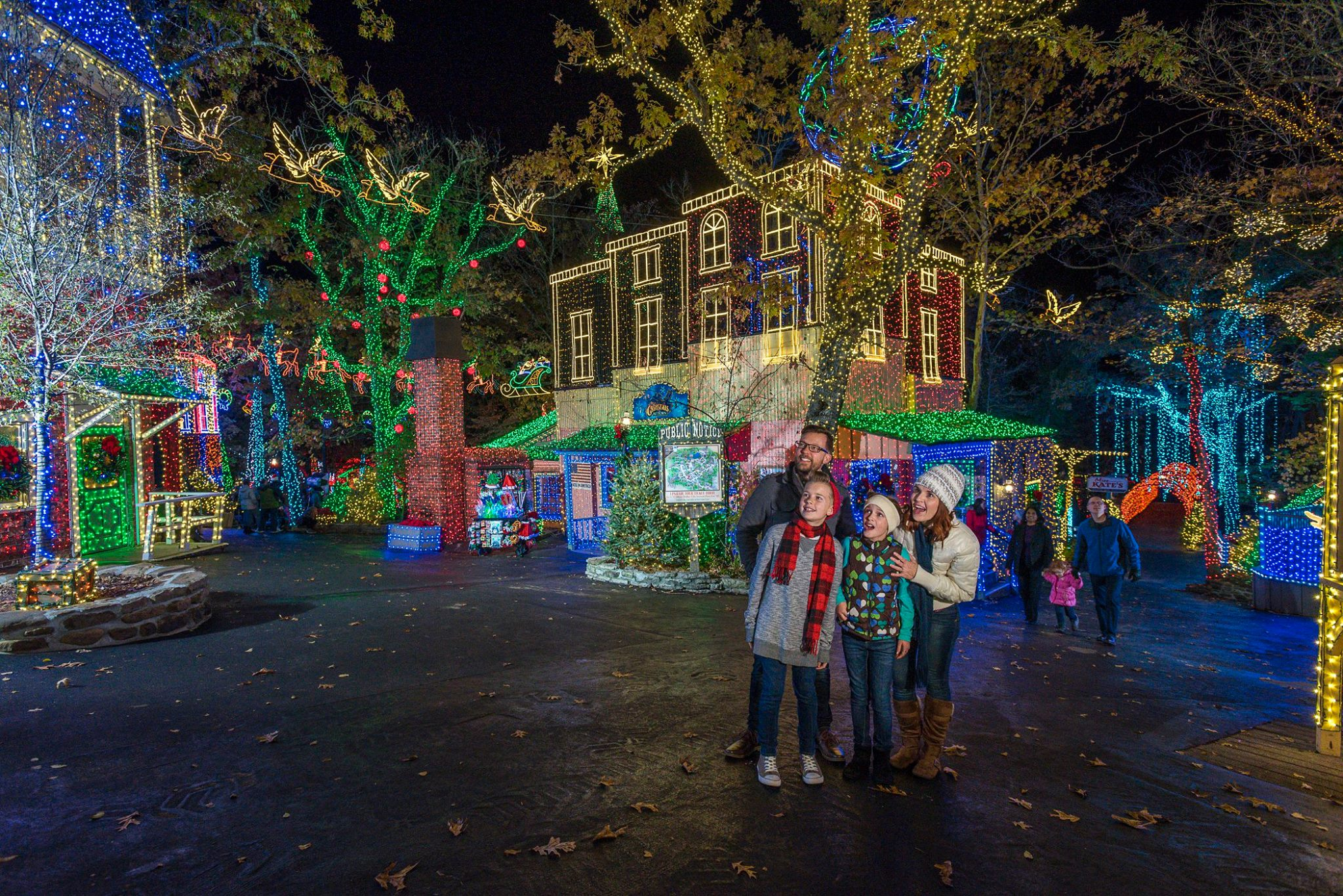 silver dollar city is a christmas shoppers dream with 60 storefronts featuring unique gifts and one of a kind treasures for everyone on your list