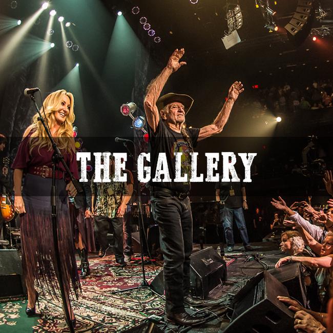 Outlaw: Waylon Jennings Gallery