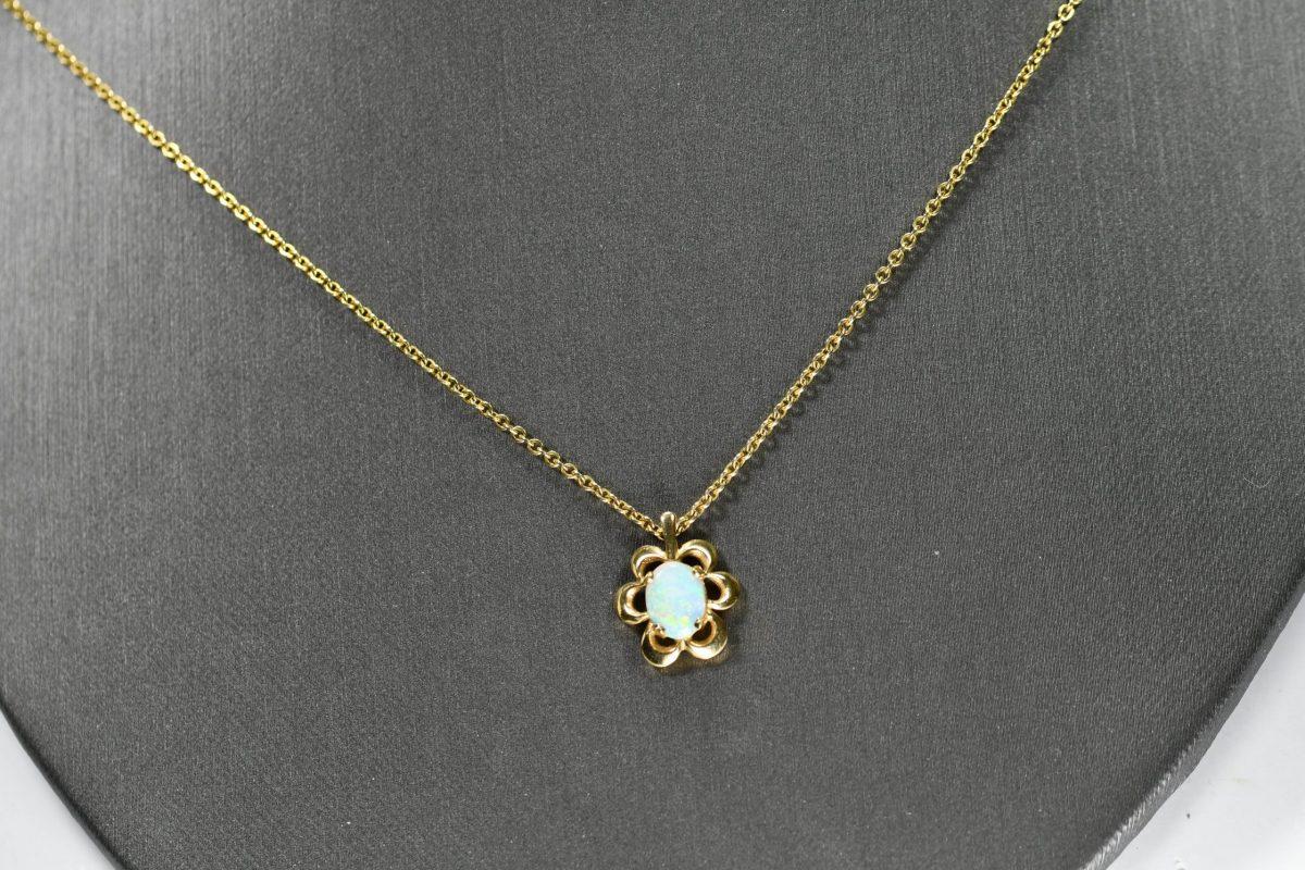 14k yellow gold Necklace Australian Opal Pendant