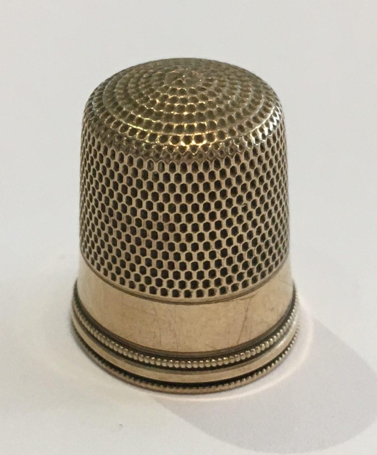 10k Yellow Gold Vintage Thimble 3.3 grams