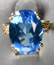 Topaz & diamond 14k ring
