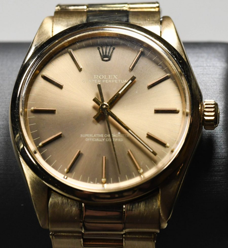 Vintage 18k Yellow Gold Rolex Perpetual Wristwatch 1969 Model 1002 35mm Gold Champagne Dial