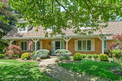 3 SAINT JOHN DR, Hawthorn Woods, IL 60047 - Photo 2