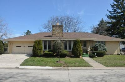 7201 N KARLOV AVE, Lincolnwood, IL 60712 - Photo 1
