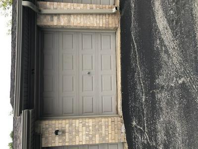 5140 SHADOW CREEK DR UNIT 8, Oak Forest, IL 60452 - Photo 2