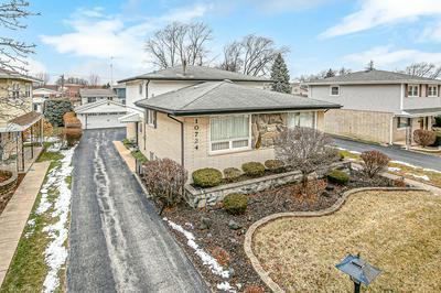 10724 S KOLMAR AVE, Oak Lawn, IL 60453 - Photo 2